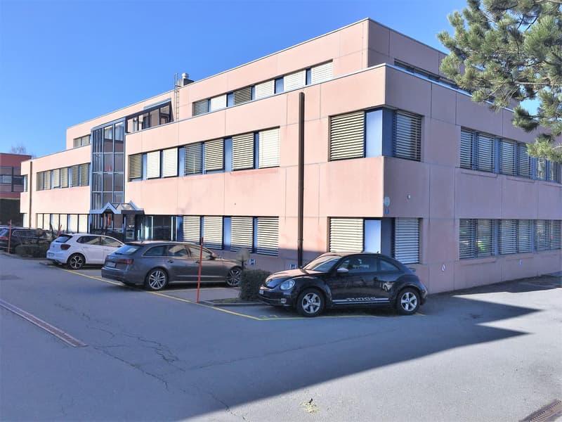 Bureaux, locaux de 66 m2 à louer au Mont-sur-Lausanne