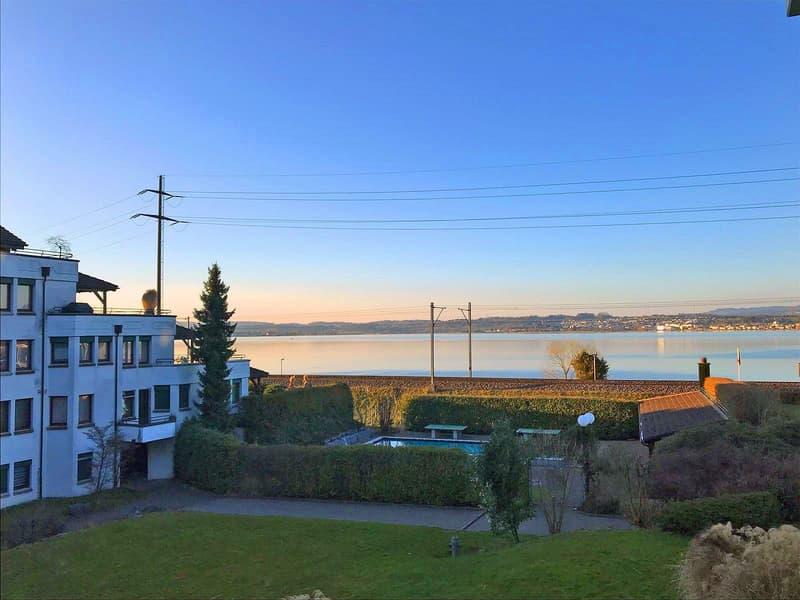 Schmucke Wohnung mit Seesicht im Seepark