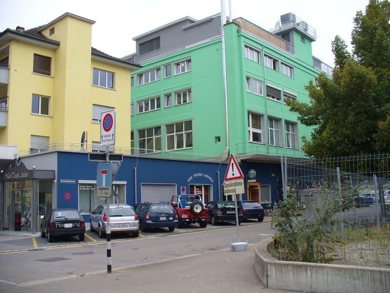 grosses Lager in Winterthur-Töss