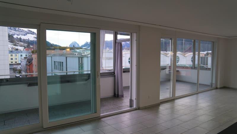 Komfortable, moderne Wohnung, Zentral gelegen mit Aussicht