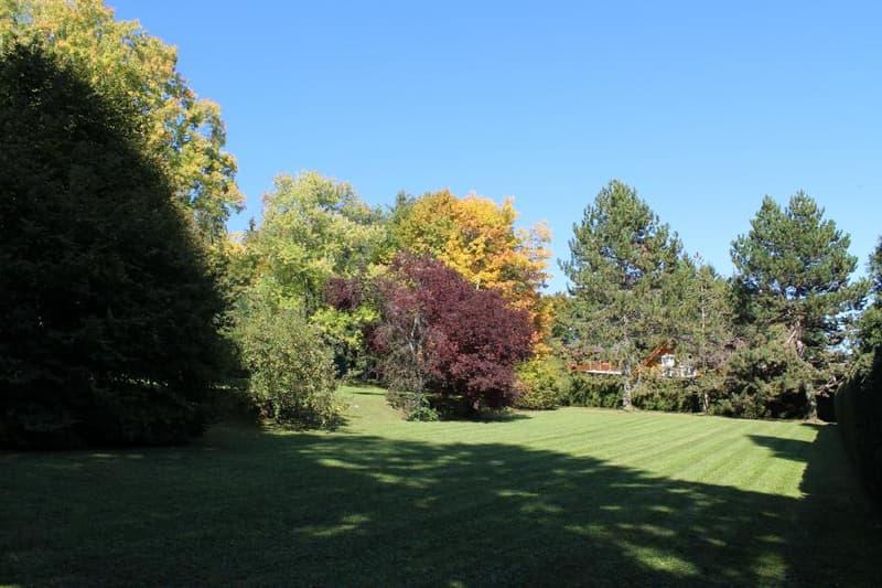 Magnifique terrain constructible dans parc sécurisé