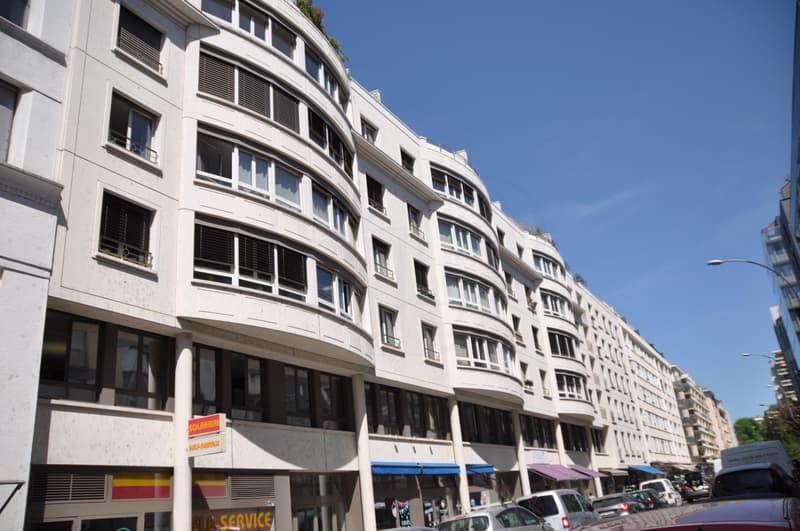 Appartement de 4 pièces en attique au 6ème étage