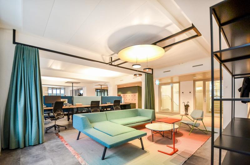 "Stylish and furnished office space next to ""Jelmoli"" (1)"