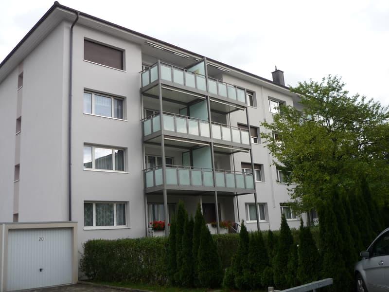 gemütliche Wohnung mit Balkon
