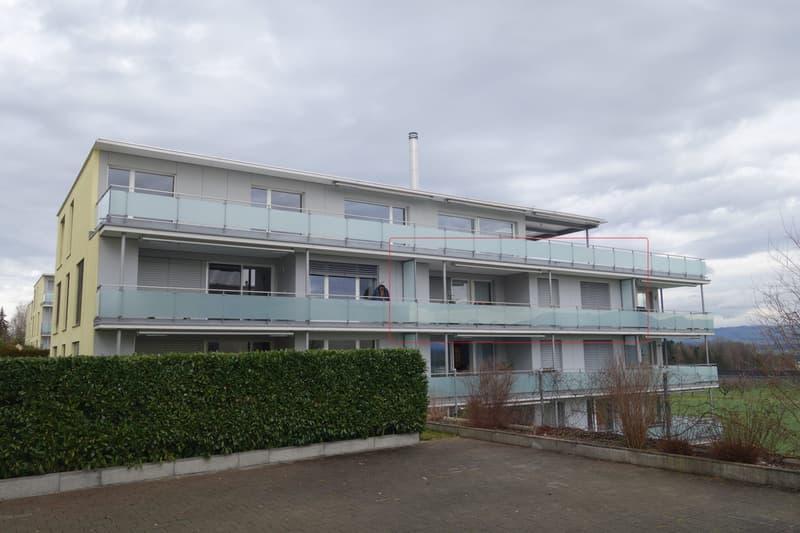 Sehr schöne, grosse und moderne 3 1/2 Zimmer Wohnung in Sins