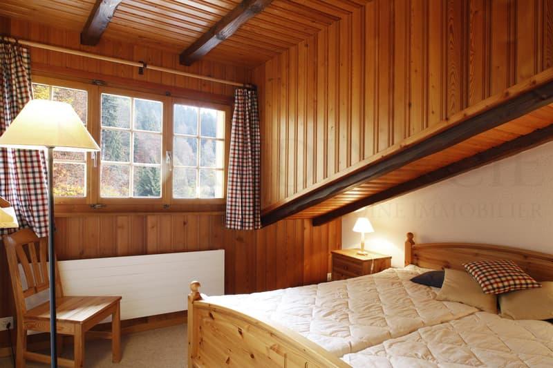 Appartement en attique de 3 pièces à Arveyes (VD)