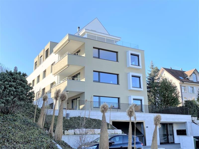 Elegante und moderne Wohnung mit wunderbarer Seesicht