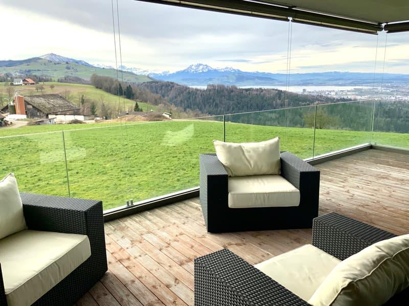 Wohnen mit Weitsicht auf die Berge im idyllischen Neuheim