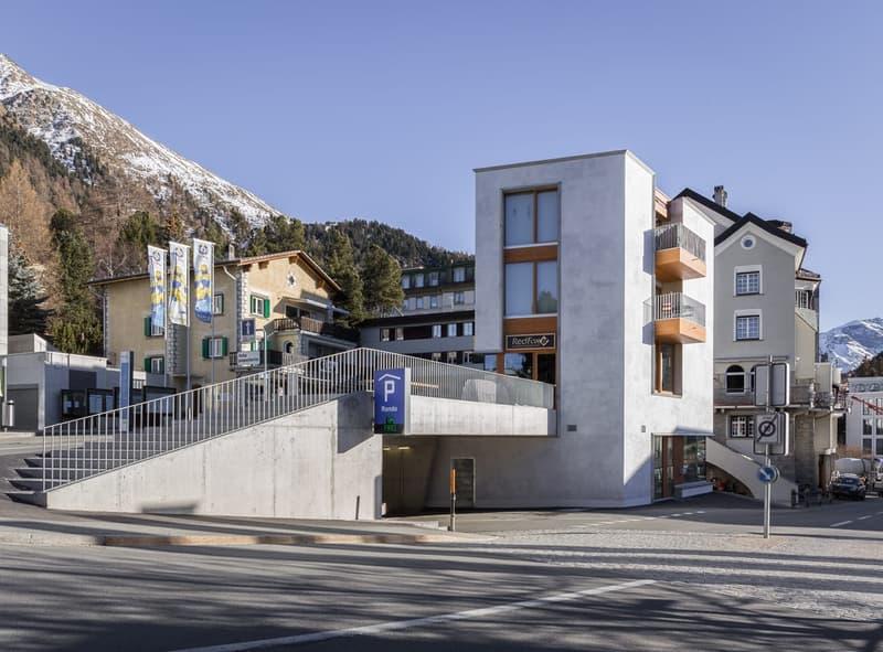 Neue 2.5 Zimmerwohnung (Erstwohnungspflicht) im Zentrum von Pontresina