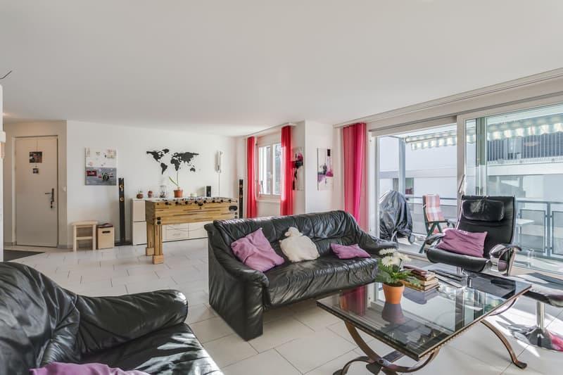 5.5-Zimmer-Wohnung mit Aussicht ins Grüne und separatem Hobbyraum (4)