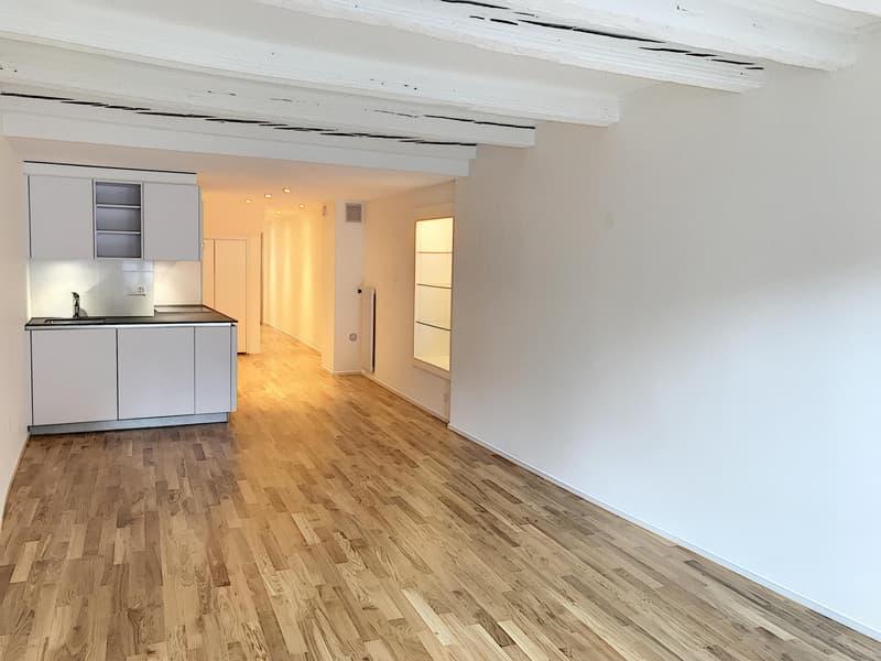 Appartement de 2 pièces au 1er étage avec cachet et entièrement rénové dans le bourg de Coppet