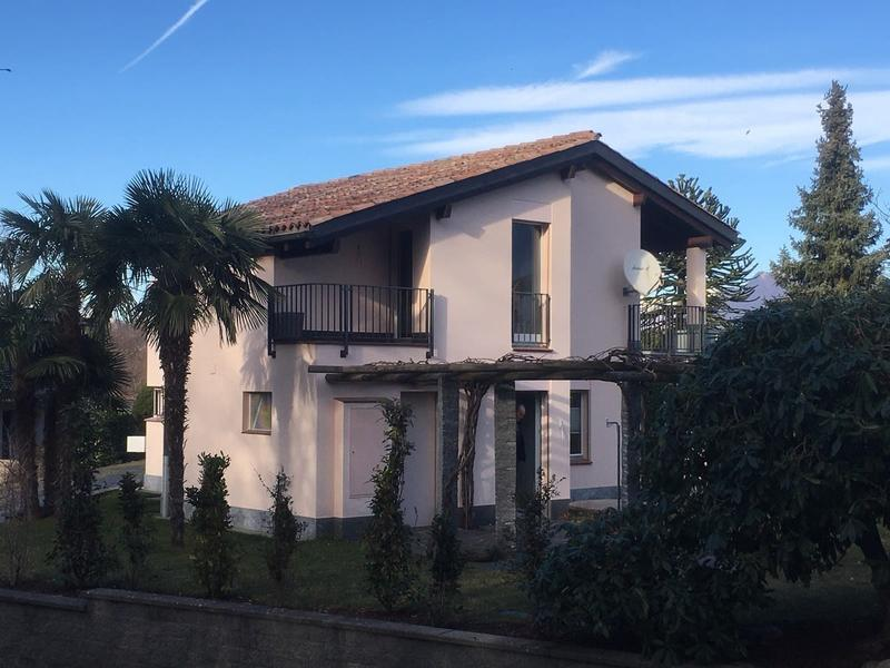 Meravigliosa casa 4,5 completamente indipendente con ampio giardino.