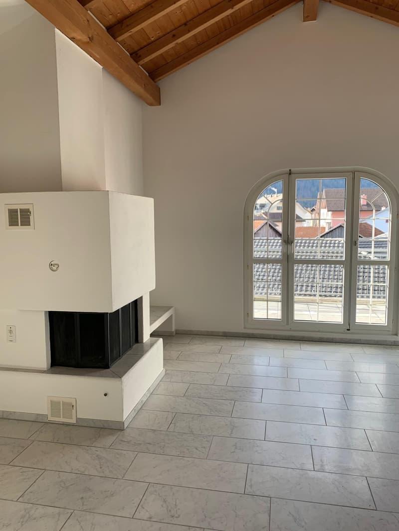 Schöne 3½ Zimmerwohnung mit Cheminée, Balkon und sehr grossem Estrich