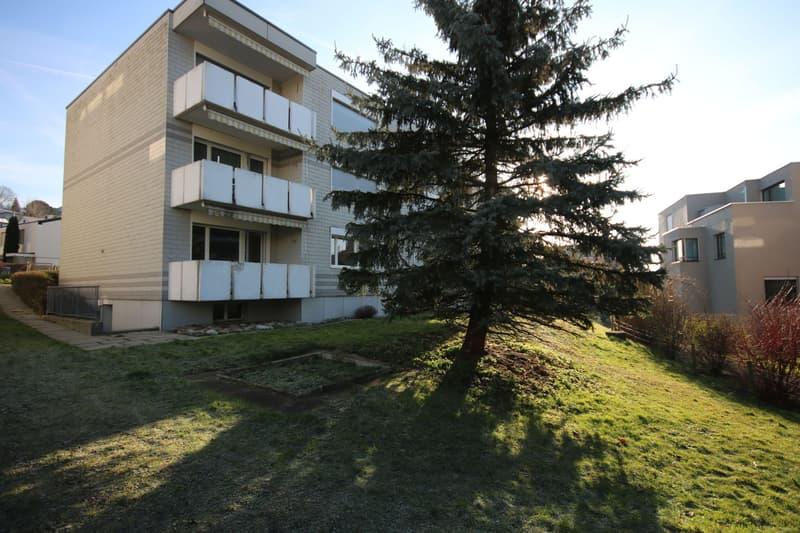 1 Monat gratis Wohnen ! Grossräumige Wohnung mit Balkon