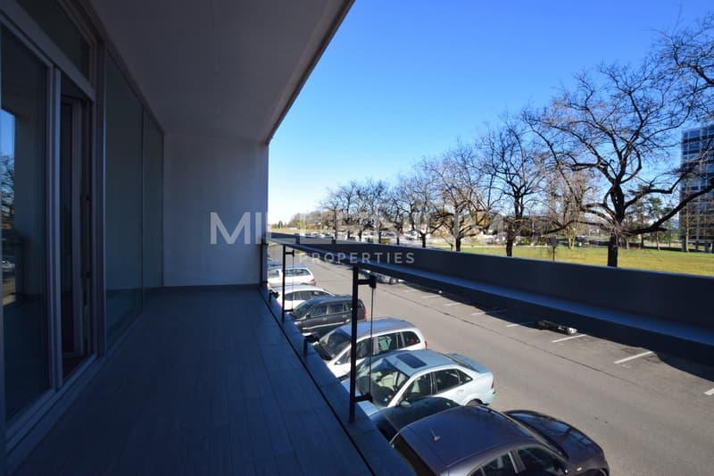 Bel appartement à Meyrin avec balcon