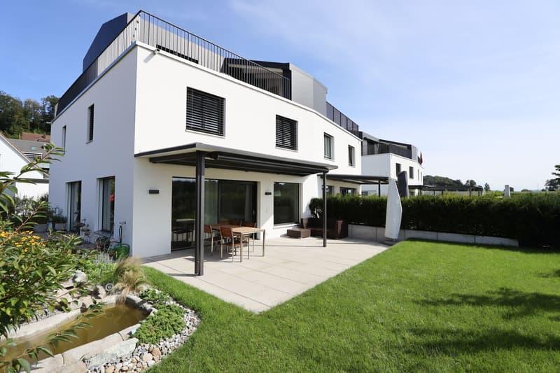 Neuwertiges 6.5-Zimmer Haus in Bachenbülach