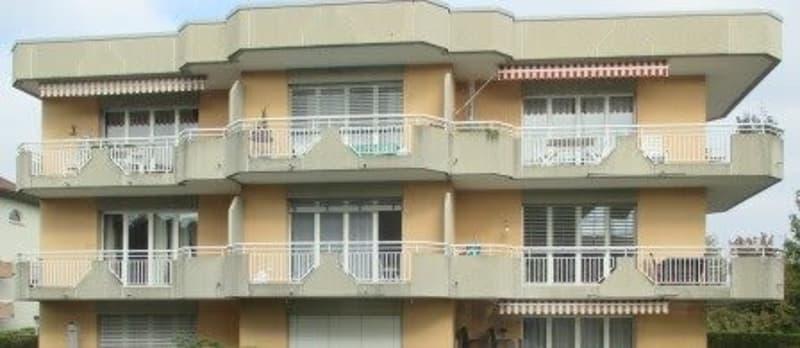 Studio avec balcon au 1er étage