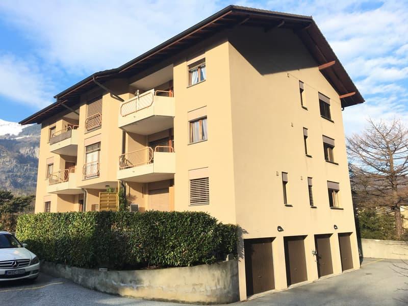 LAVEY-LES-BAINS Appartement de 1,5 Pièces au 1er étage à CHF 650.00 Charges comprises