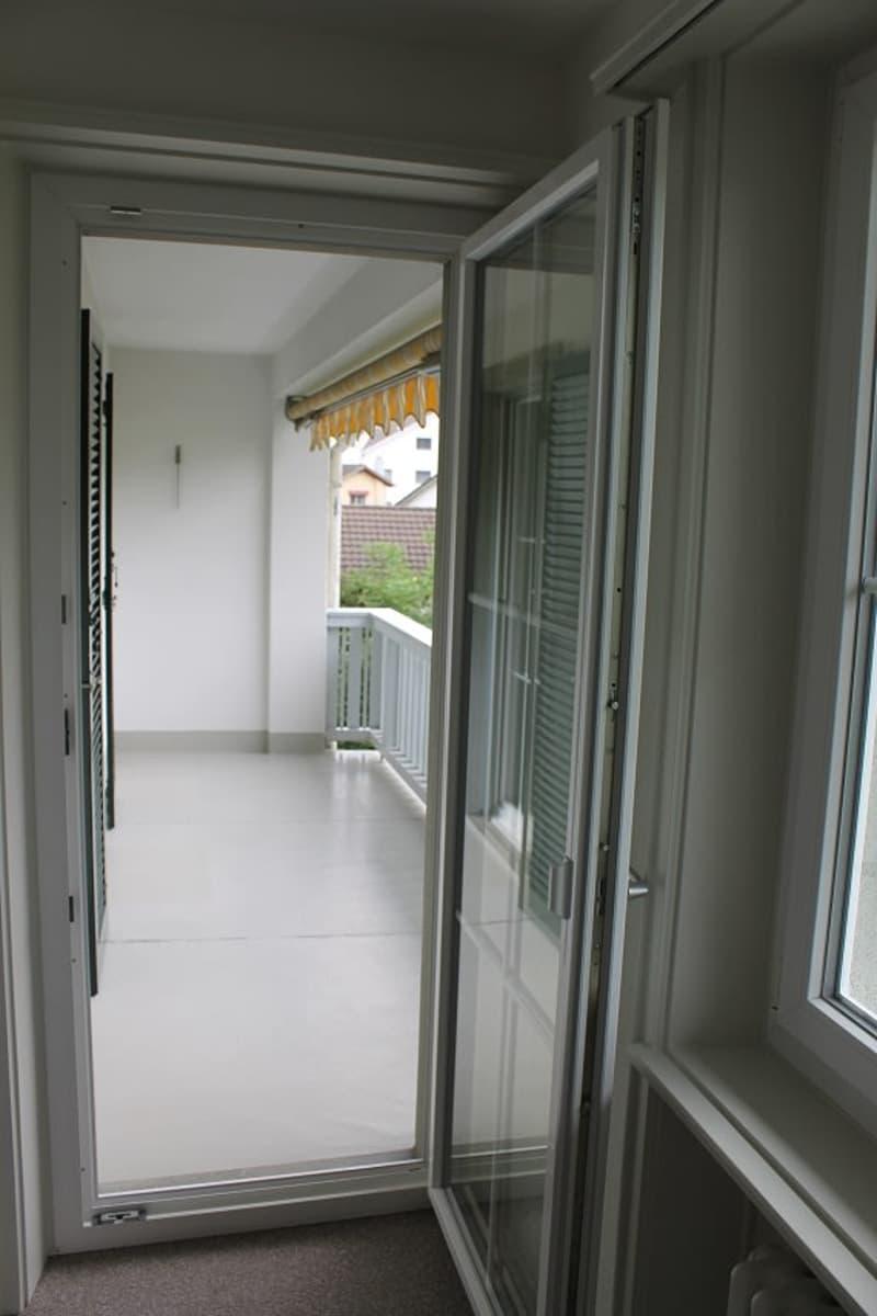 4-Zimmer-Wohnung ruhig und doch zentral gelegen (3)
