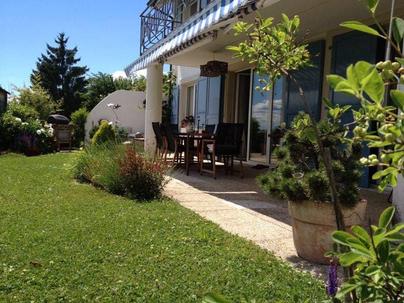 Magnifique appartement en rez de jardin à Lonay