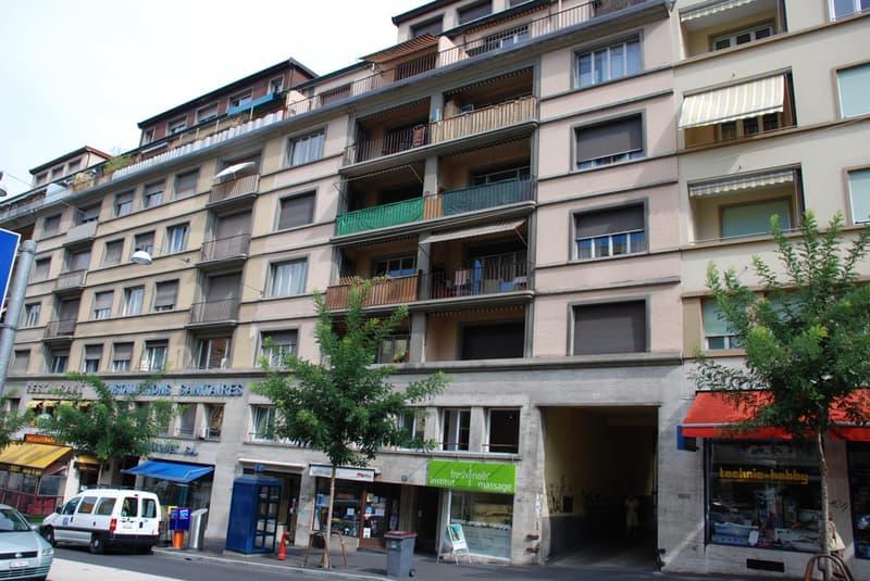 Lausanne - Appartement de 3 pièces en centre-ville au 1er étage