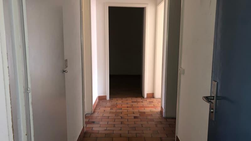 zentral gelegene 4-Zimmer-Wohnung in Kloten