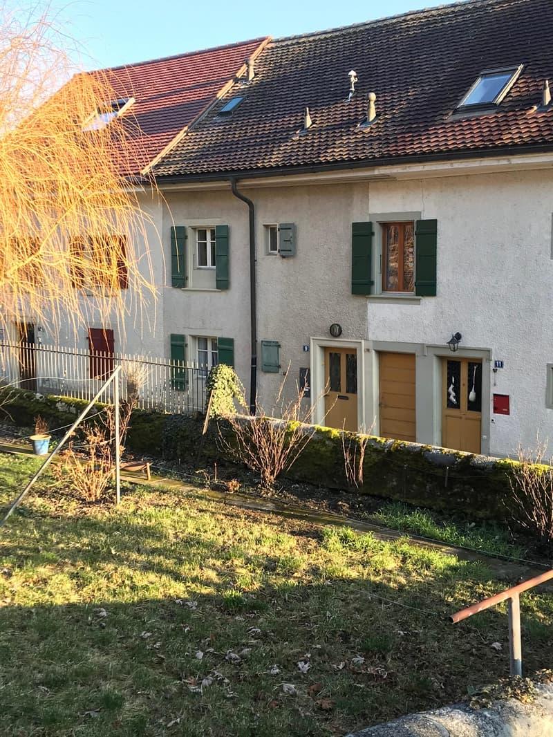 Maison dans la ville (2)
