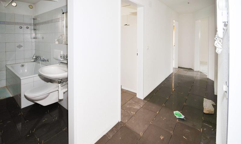 Moderne 4-Zimmer Wohnung mit Balkon (3)