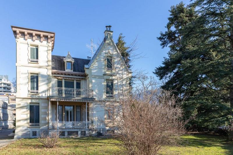 Villa Zina, magnifique maison de maître à rénover (habitation ou local