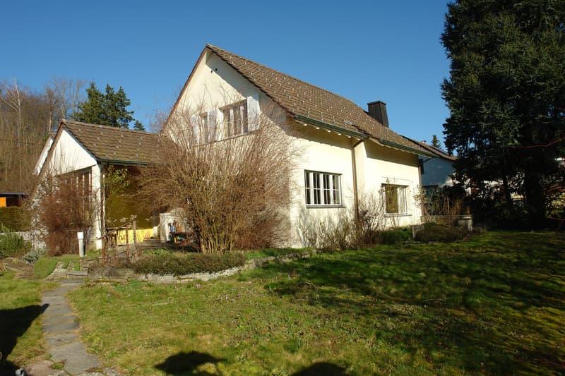 Freistehendes Einfamilienhaus in der Gemeinde Brugg (1)