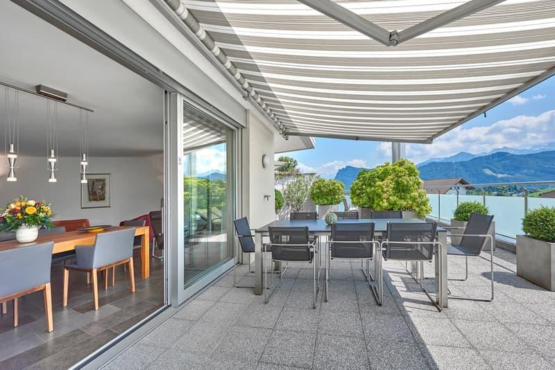 Terrassenwohnung mit fantastischer Sicht und Seeblick