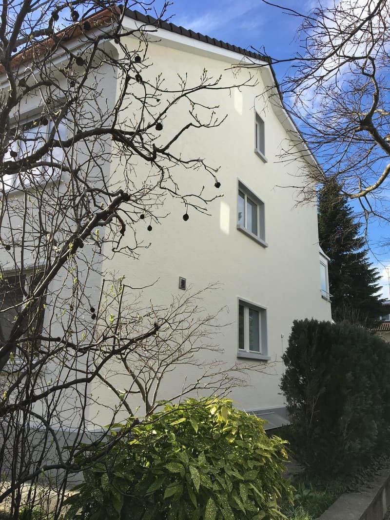 Total renoviertes Eckhaus