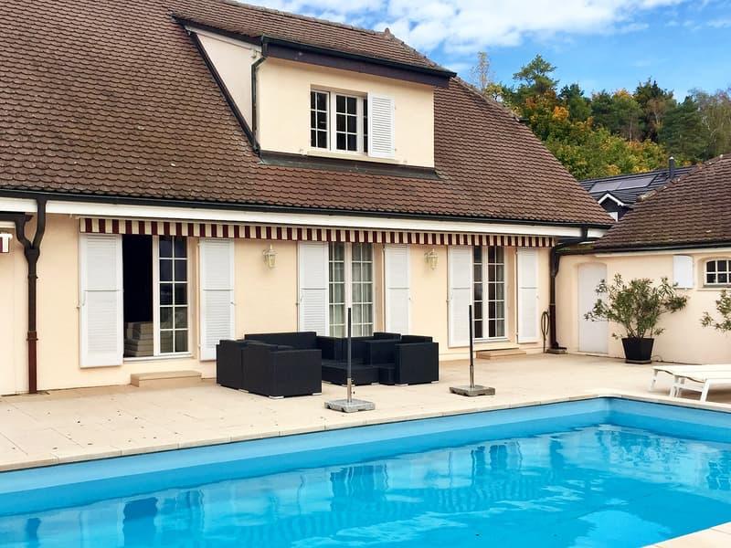 Belle villa vaudoise individuelle lumineuse de 6 pièces - vue - piscine