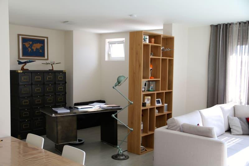Appartement atypique de 70 m2 utiles avec vue sur le lac (2)