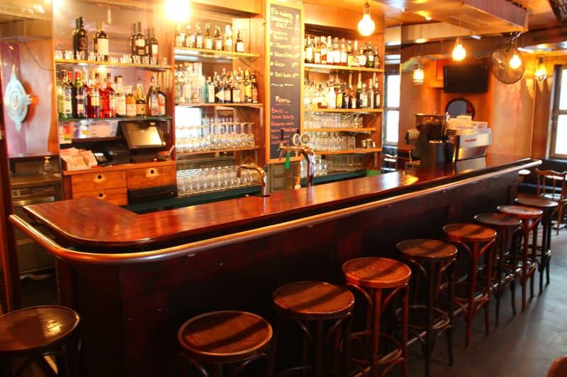 Einzigartiges Angebot: Lukratives Hostel + Bar im Niederdörfli