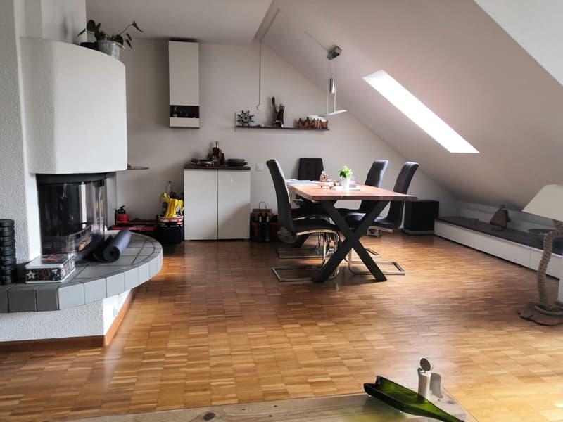 Top 4.5 Zimmer-Wohnung mit Cheminée, Balkon und ...