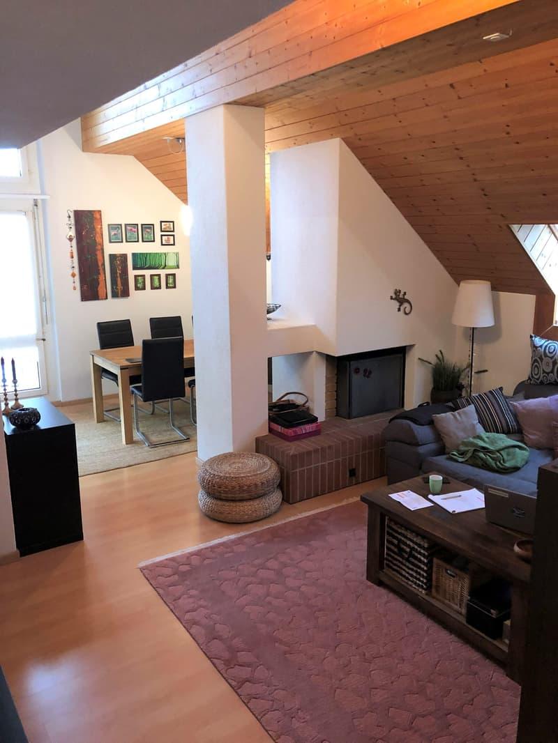 Gemütliche Maisonette-Dachwohnung mit neuer Küche