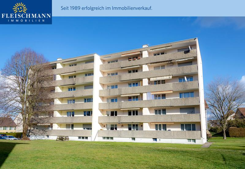 Doppel-Mehrfamilienhaus mit 28 Wohnungen und Anteil Tiefgarage