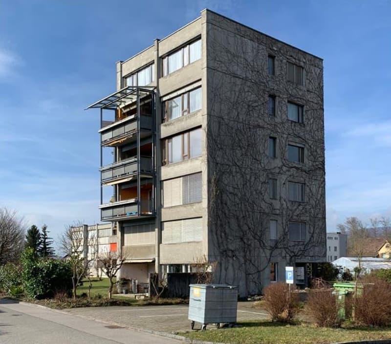 originelle 1,5 Zi-Parterre-Wohnung (2)