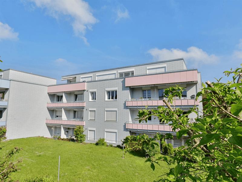 Modern saniert / ruhige Lage / gemütlicher Balkon (1)