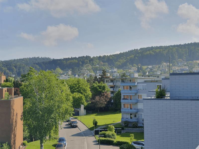 Modern saniert / ruhige Lage / gemütlicher Balkon (2)