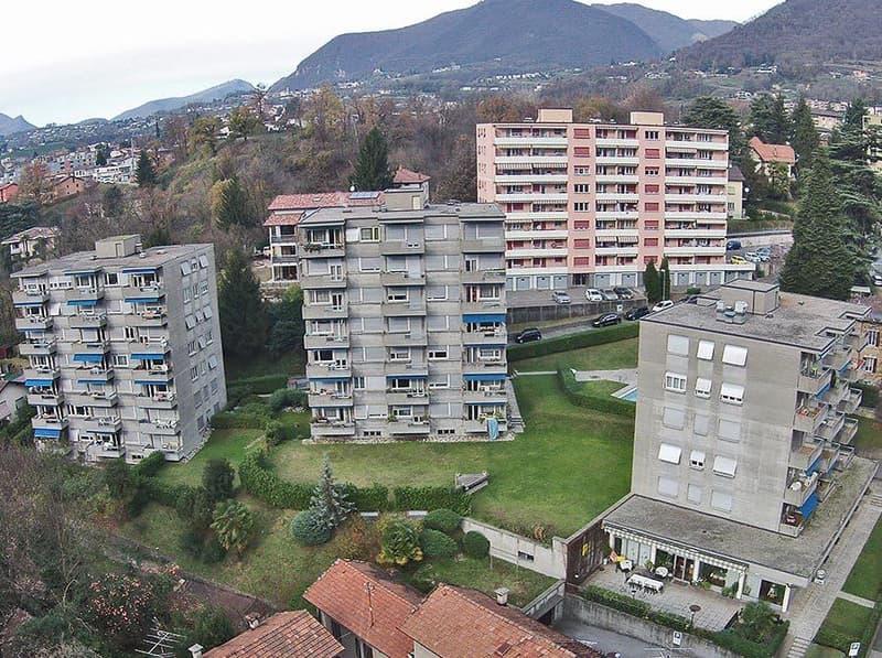 Vacallo   Appartamenti in stabile non recente ma valido