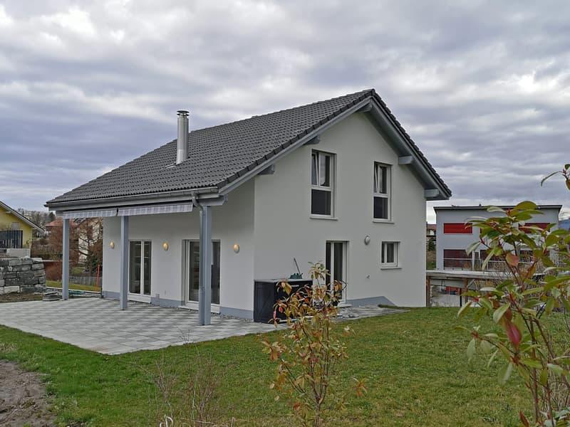 Villa individuelle de 6½ pièces dans quartier résidentiel