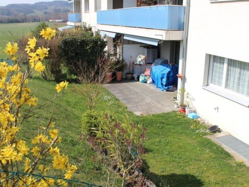 Appartement au rez avec jardin