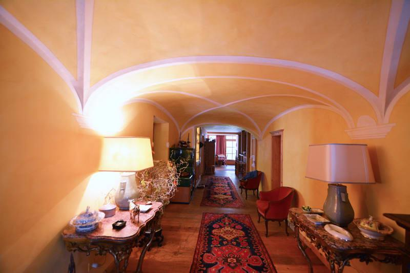 Traditionelles Engadinerhaus im Herzen von Zuoz (4)
