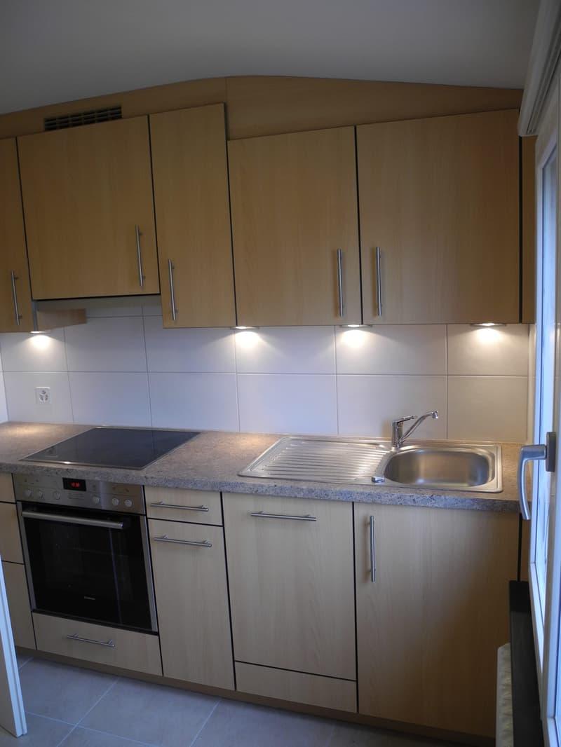 Schöne 2-Zimmer Wohnung im Grünen Bruderholz (1)