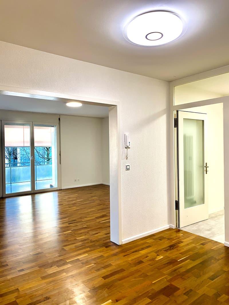 Luxuriöse 3.5 -Zimmer Wohnung mit 85 m2 und grosszügigem Balkon (2)