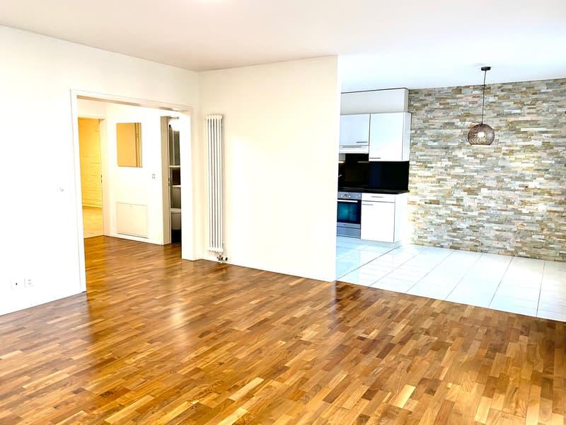 Luxuriöse 3.5 -Zimmer Wohnung mit 85 m2 und grosszügigem Balkon (1)