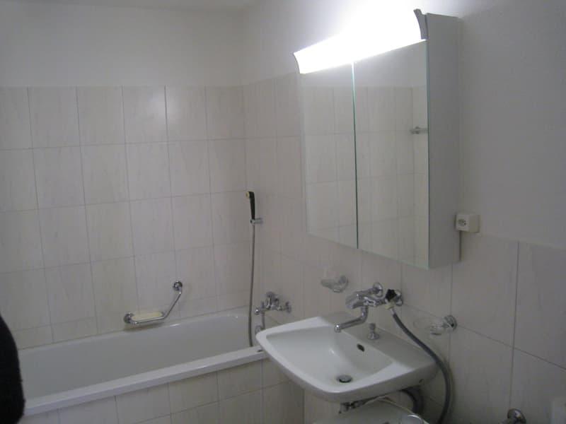 Schöne helle Wohnung für kleine Familie