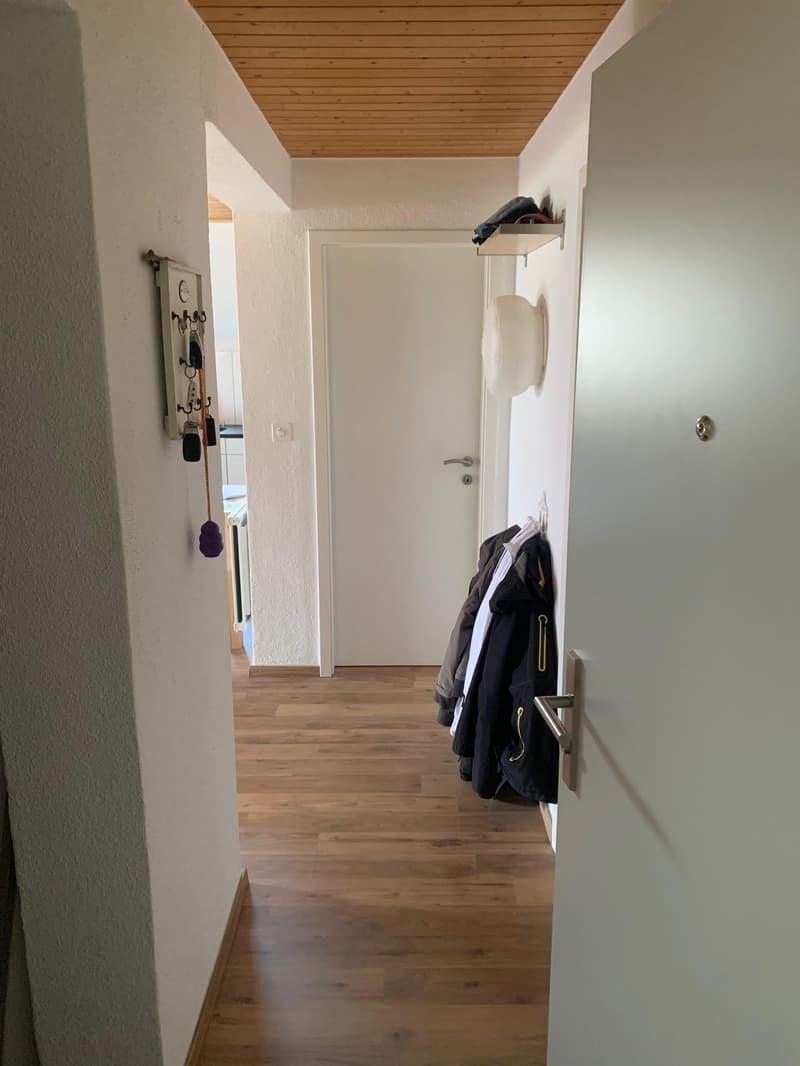 Moderne 3.5-Zimmerwohnung im 2. Stock (2)